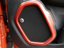 ●200台限定で登場したレネゲード!ビーツエディション♪普段のドライブから高音質の音楽をお楽しみいただけます!!!