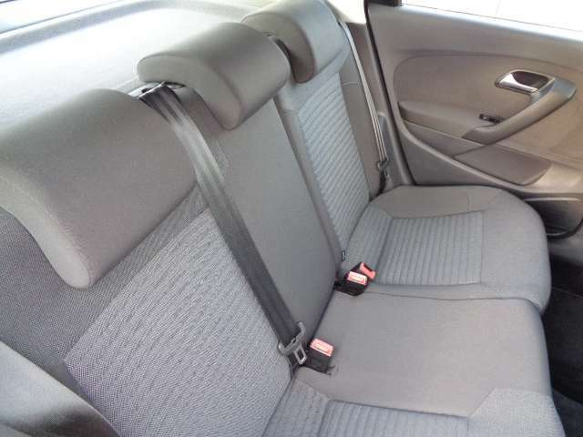 座面を見て下さい!!!擦れやシワも無く綺麗に使用されていたシートです。