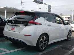 電気自動車の走りを体感ください