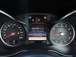 軽減ブレーキ ブラインドスポットアシスト レーンキープ  パーキングアシスト等安全装備も充実。