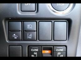 コックピットも広々としており運転席からの視界も良好です★
