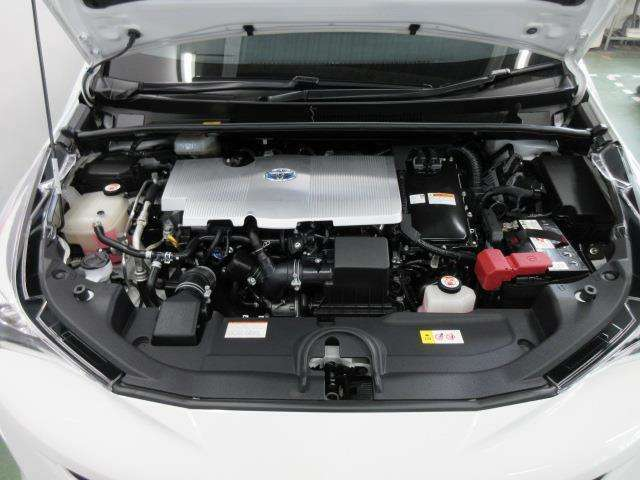ガソリンエンジン+電気モーターのハイブリッド車ですが、特別なメンテナンスは必要ありません。