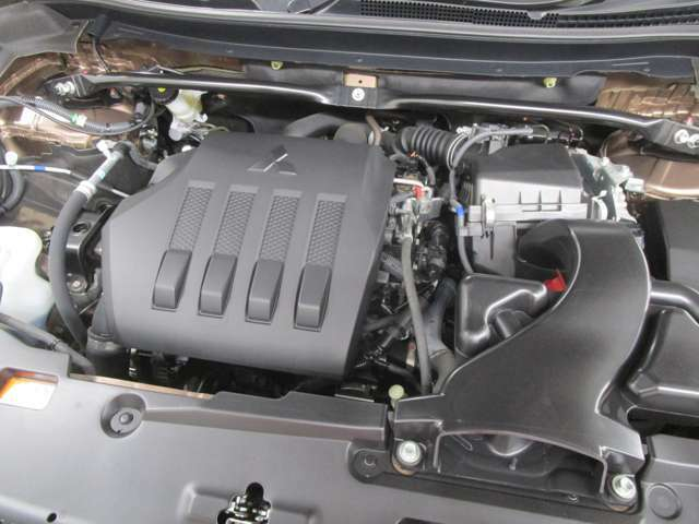 1500ccのターボ付きエンジンです。