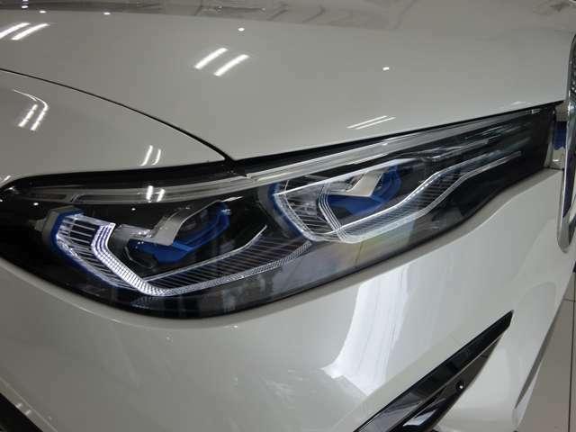 BMWレーザーライト・LEDハイ/ロービーム