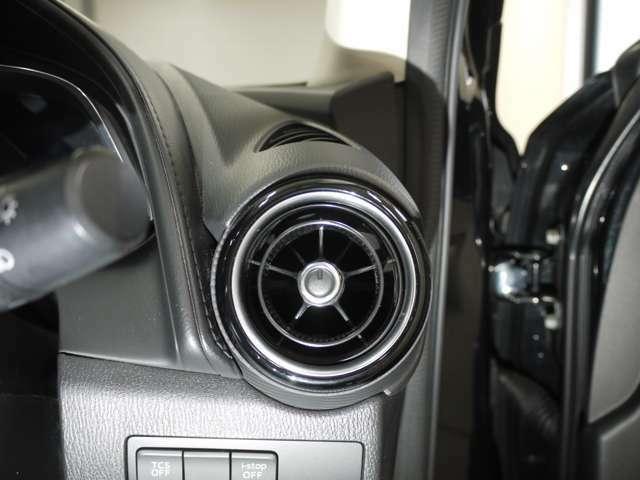 中古車でも新車時の様な輝きに ボディーにガラスの膜を張るコーティングはオススメだ