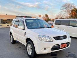 フォード エスケープ 2.3 リミテッド 4WD 革シートサンルーフ社外HDDナビETC