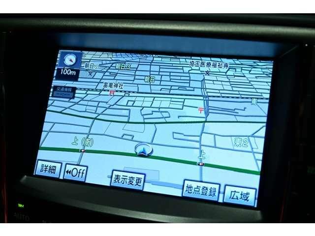 純正ナビゲーション装備♪機能充実・操作も簡単でとっても便利です♪地デジ視聴可能、ナビデータ更新等も承っております♪