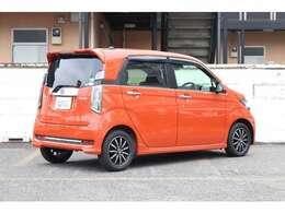 空力を考慮した流れるようなボディデザインが、 燃費向上に貢献します。