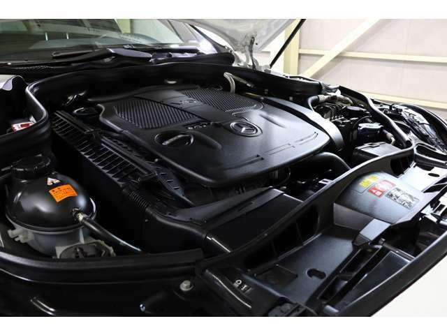 V型6気筒DOHCチャージャー付エンジンを搭載!カタログ値252psを発揮し、改良の加わった7Gトロニックプラスとの組み合わせにより、スムーズな加速&変速、低燃費を実現致しました♪