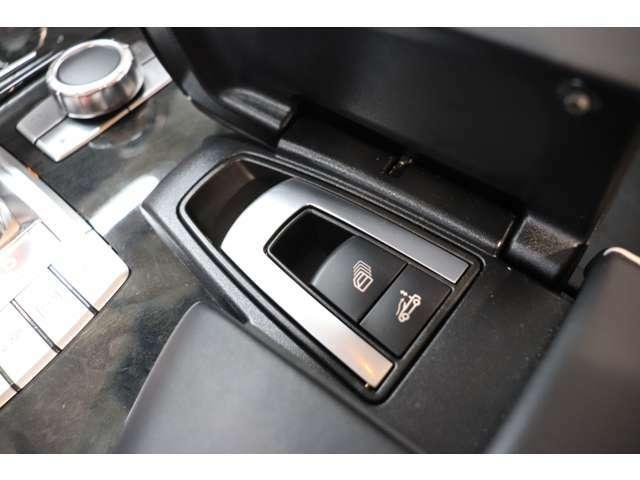 ◆年3回3年間エンジンオイル交換&ポリマーメンテナンスサービス! ◆ご来店のご都合がつかないお客様は出張商談サービスがございます! ◆全車試乗可能です(要予約)! TEL03-3687-6363