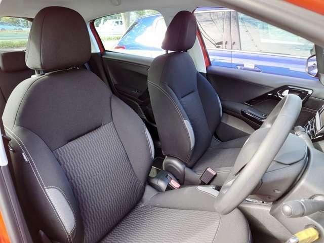 プジョーのシートは快適な運転をしっかりサポートしてくれます!