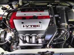 K20A DOHC i-VTECチェーン駆動16バルブエンジン搭載です