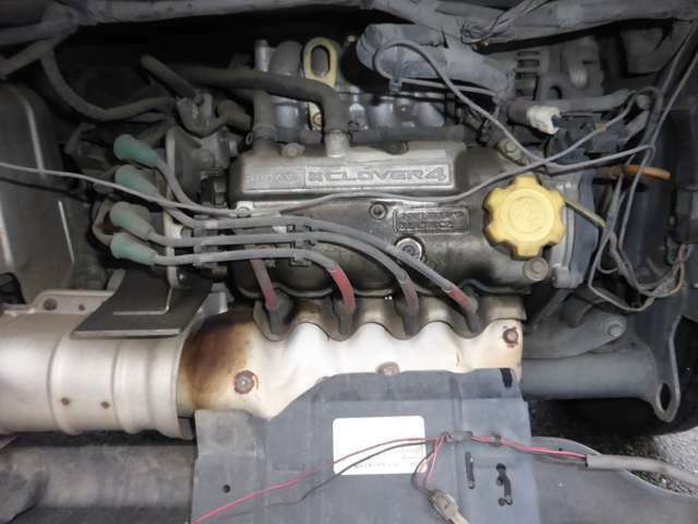 エンジンはタイミングベルト式になります。交換は別途受付致しますので、購入時にご検討ください。