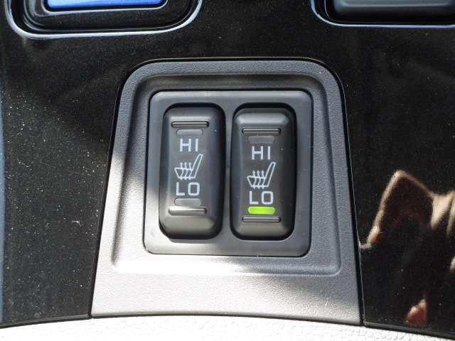 フロントシートにはHI/LO切替のシートヒーター装備