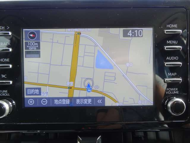 FM/AMラジオとBluetooth、USBに対応したディスプレイオーディオを標準装備!オプションのナビユニットも装着されております。