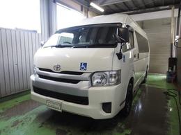 トヨタ ハイエースコミューター 2.7 GL 4WD 車いす移動車