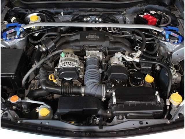 水平対向4気筒 FA20エンジン!吹け上がりも良いエンジンです!!