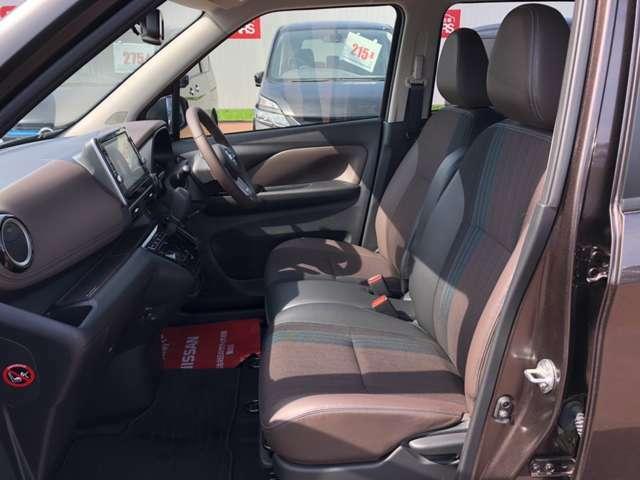 【運転席&助手席】シートは硬くなく座りやすい仕様です!ぜひ一度お試しください☆