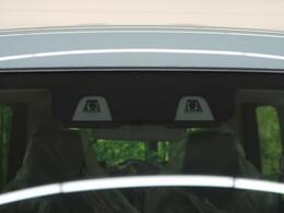 スズキの安全装備!【デュアルカメラブレーキサポート】人の目のように2つのカメラから対象の形や距離を捉え、歩行者やクルマを認識☆車線も認識し、さまざまな警報やブレーキアシストをそなえています!!