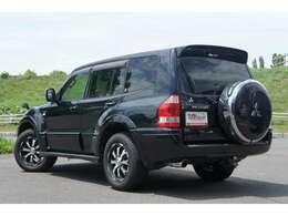 ■人気のお手頃SUVの入庫です♪♪パジェロの黒♪♪使い勝手の良いSUVは北海道ではかなりの人気ラインナップ♪♪令和2年03月タイミング交換済み★ TEL:011-876-4000