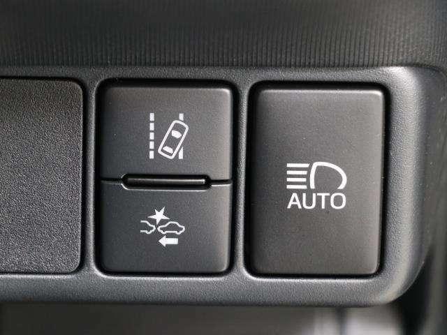 先進の安全装備ついてます。詳しい装備内容、仕様等につきましてはスタッフにお問合せ下さい。
