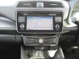 EV専用のカーウイングス対応ナビゲーション!音楽録音・DVD再生・フルセグTV機能付♪最新の充電スポットも表示してくれるので遠方でも安心です!後進駐車も安心のバックカメラ付