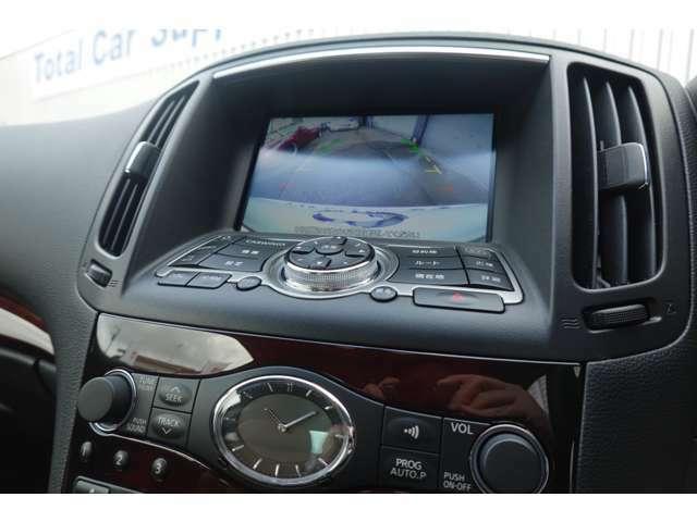純正HDDナビ・テレビ・DVD再生・CD自動録音・Bluetoothオーディオ・Bカメラ・USB