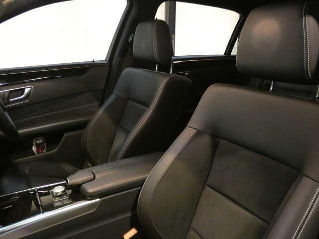 ブラックレザーARTICO/DINAMICAを使用したシートが採用されております!ランバーサポートやメモリー機能付きパワーシートを装備しており快適なドライブをお過ごし頂けます!047-390-1919