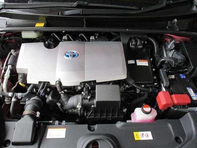パワーユニットは1800ccガソリンエンジン+モーター搭載。パワーと燃費を両立(*^^)v
