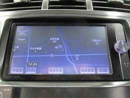 ナビゲーション付き♪CD・AM・FMが視聴可能☆シンプルだから使い勝手も良く、操作も簡単です!お気に入りの選曲で、通勤・ドライブを快適にどうぞ♪
