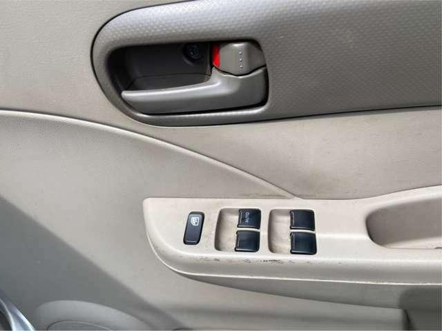 自社積載車 レッカー完備です!万一の事故などもガレージナッツで対応可能です。