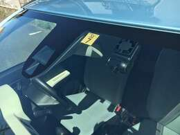 レーダーブレーキ、ドライブレコーダー装着車