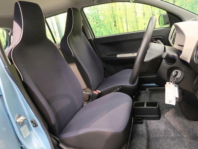 ●【モケットシート】座り心地も良く気温にあまり左右されない快適なシートです♪
