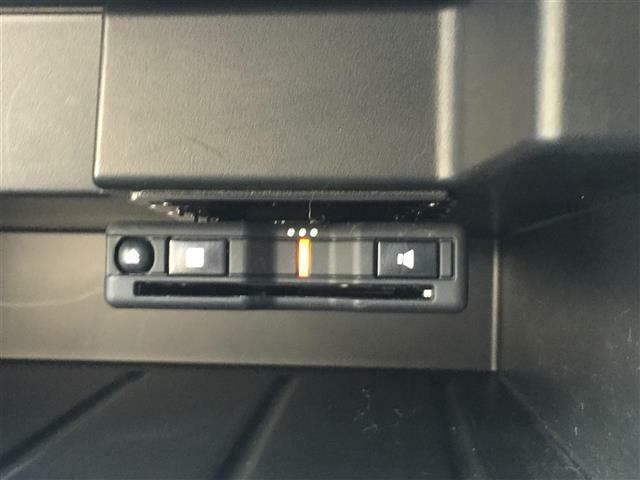 【ETC装着車両】 高速走行もスムーズにお支払いが可能な装備。セットアップも当社で可能です。