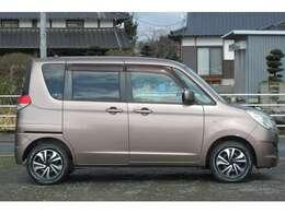 【県外のお客様への対応】九州圏内のお客様は支払総額にプラス普通車25000円、軽自動車10000円にて対応出来ます。全国販売も可能ですので、お気軽にお問い合わせ下さい。※納車費用は別途お見積りさせて頂きます。