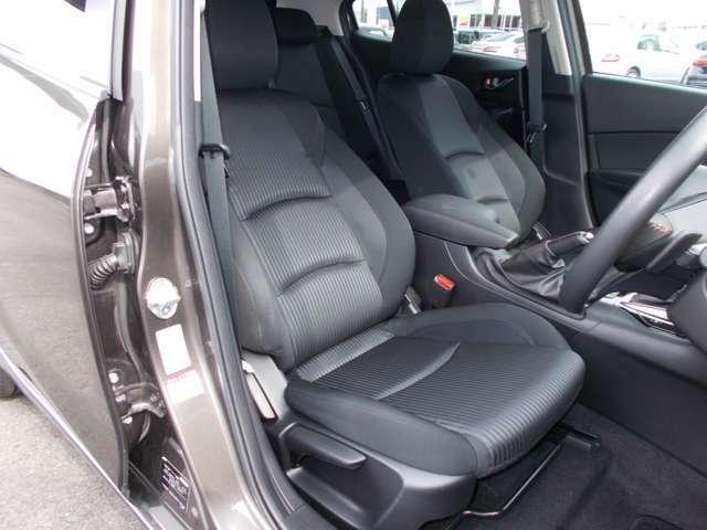 運転席ドアから、ご乗車いただくイメージです