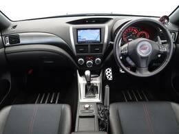 後期D型!メーカーオプションのブレンボブレーキ搭載のインプレッサWRXSTI Aライン入庫!!オプションパーツのSTIスポーツマフラー、STIフレキシブルタワーバーも装備しております!