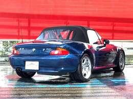 主要装備☆ディーラー車・ソフトトップ・電動シート・E46モデル純正Mスポーツ17AW ・Kenwoodスピーカー