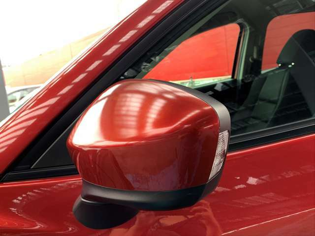 ウインカーミラーなので対向車からの視認性も良いです。事故抑制に繋がります!!