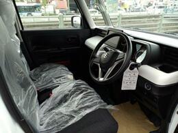 オーディオレス車です。ナビを付けませんか!?格安ご提供中です!