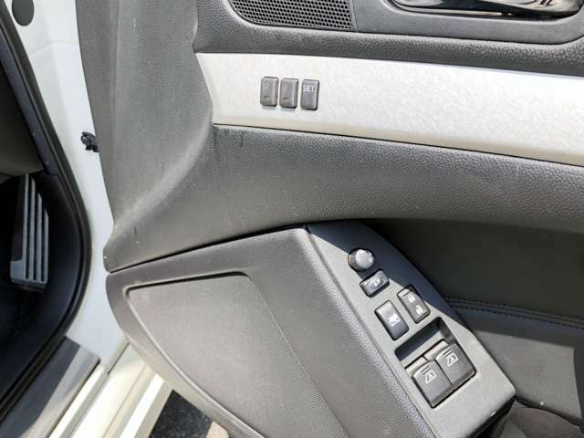 20inchアルミ BLITE車高調 FRインフィニティーエンブレム 黒革PWシート パドルシフト シートヒーター 地デジ ミラーレーダー バックサイドカメラ ETC 機関良好