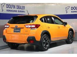 弊社社有車アップのXVが入荷♪都市型SUVでデザインも先進的ですね♪1.6Lでもしっかり走ってくれます♪全国発送承ります!