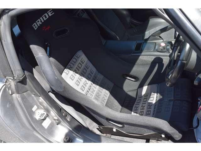 BRIDEフルバケットシート。