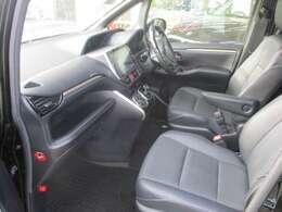 トヨタのロングラン保証に加入して安心してお乗りください。一年は無料、二年、三年は有料ですがお薦めです(^^)