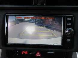 純正SDナビ付き♪ ガイド線付バックカメラで駐車も安心ですね♪ 駐車の不慣れな方でも安心ですね♪