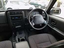 ブラックカラーインテリア 黒革調シートカバー 社外CDコンポ ETC車載器 ABS SRSダブルエアバック ETC…