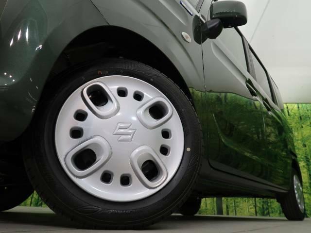 純正ホイールキャップ 弊社では、各種アルミホイール+タイヤもお取扱いございますのでご検討の方はスタッフまでご相談ください。皆様のご来店お待ちしております