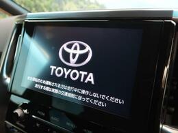 ディスプレイオーディオ搭載車両になります。別オプションでCD/DVD機能追加する事も可能です。
