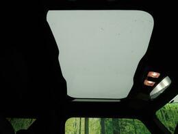 ●【ガラスルーフ】装備!タフトの目玉装備です☆快適なドライブに☆解放感ある室内をご堪能下さい。