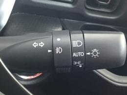 HBCは、対向車や先行車を検知し、ヘッドランプのハイビーム・ロービームを自動で切り替える夜間走行中のドライバー認知支援機能です。
